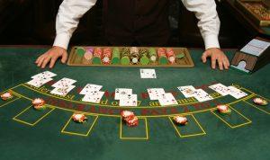 Pelaa blackjackia ja voita